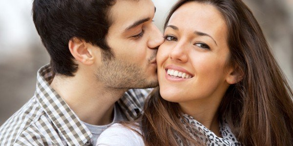 dating and kissing