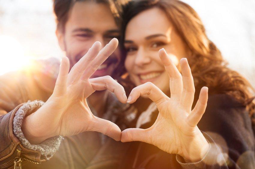 10 Keys to Keeping a Man Faithful